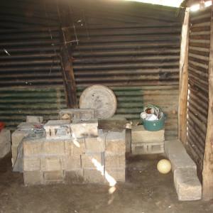 Kochstelle in einer Hütte
